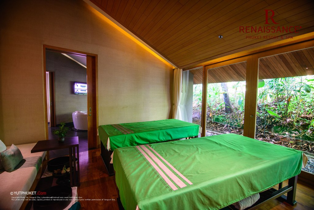 renaissance-phuket37
