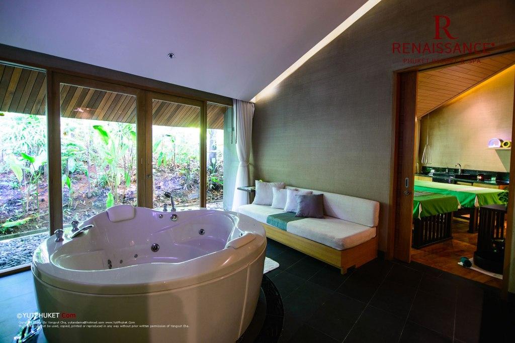 renaissance-phuket38