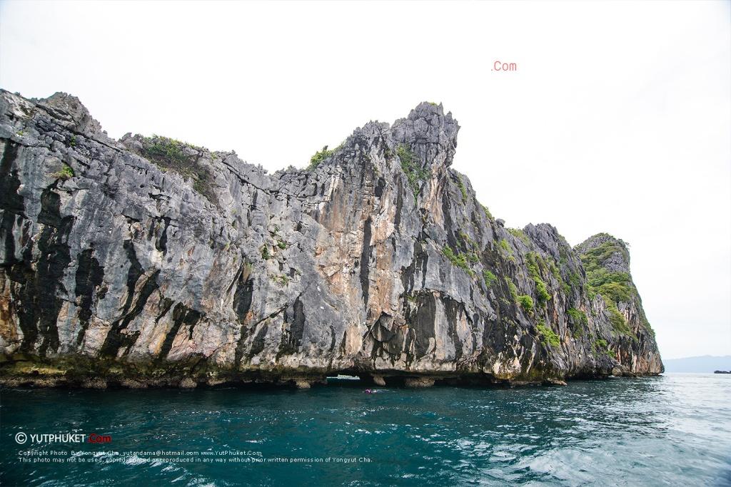 ranong-cocks-comb-island-25